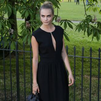 Cara Delevingne's Mulberry challenge