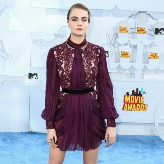 Cara Delevingne Defended By Paper Towns Author