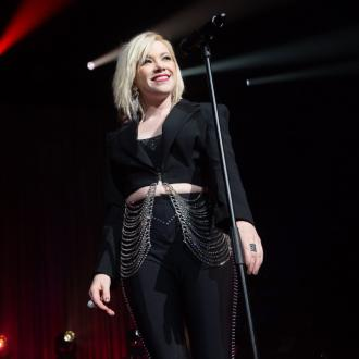 Carly Rae Jepsen wows with 24-song pop spectacle