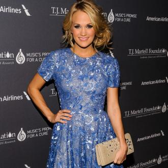 Carrie Underwood Unveiled As New Face Of Almay