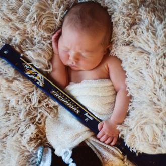 Carrie Underwood Shares First Photo Of Baby Son