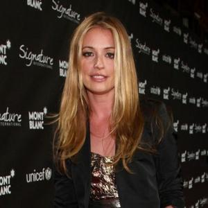 Cat Deeley Fronts Hair Campaign
