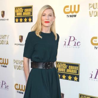 Cate Blanchett Wins Critics' Choice Award
