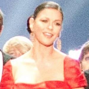 Catherine Zeta-jones Praises Brave Husband