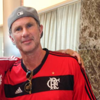 Chad Smith challenges Will Ferrell to drum-off