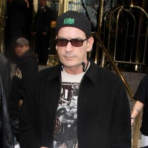 Charlie Sheen Wants Full Custody Of Twins