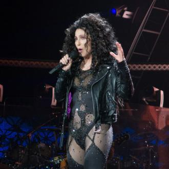 Cher Cancels Tour Due To Ear Infection