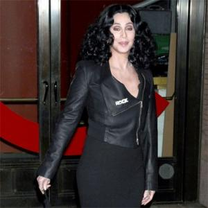 Cher Wins Lifetime Achievement Award