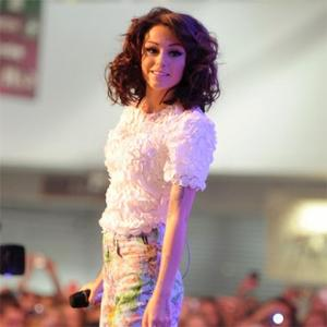 Cher Lloyd Apologises To Cheryl Cole