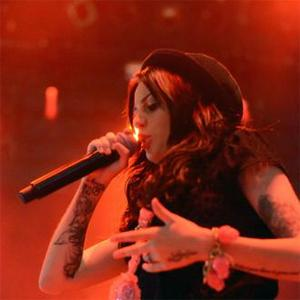 Cher Lloyd Storms Off Stage After Urine Attack