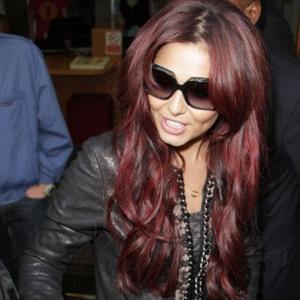 Cheryl Cole Promises Girls Reunion
