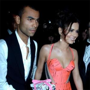 Cheryl Cole Getting Flotation Tank From Ashley