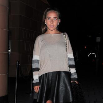 Chloe Green's Global Outfits