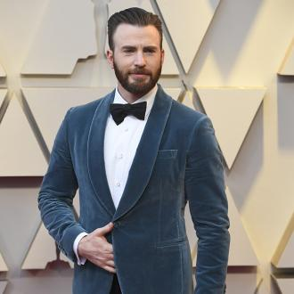 Chris Evans uses photo leak to encourage people to vote