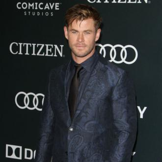 Chris Hemsworth Doesn't Wear Fragrance At Home