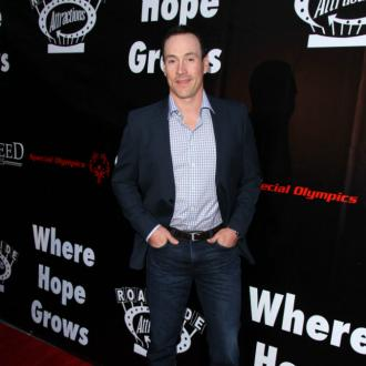 Chris Klein's wife pregnant