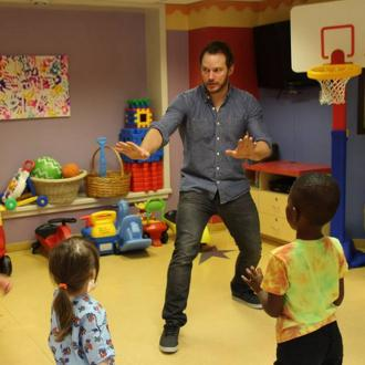 Chris Pratt Visits Sick Kids