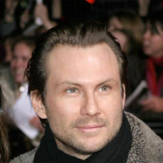 Christian Slater ties the knot