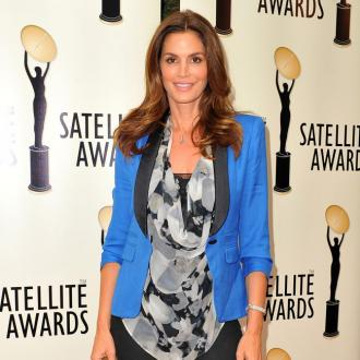 Cindy Crawford Withdraws Kids From School