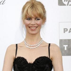 Claudia Schiffer Names Baby