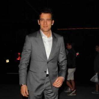 Clive Owen is desperate to star in a comedy film