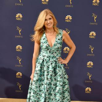 Julia Roberts Tired To Play Matchmaker With Connie Britton