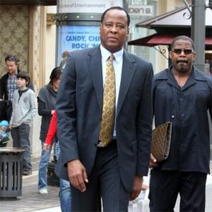 Conrad Murray's Trial Delayed Until September
