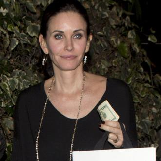 Courteney Cox Won't Rush Into Marriage