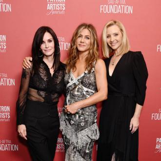 Jennifer Aniston reunites with Friends co-stars