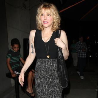 Courtney Love threatened to 'beat up' Kim Kardashian West's robbers