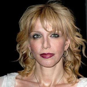 Courtney Love Will Chant With Lindsay Lohan