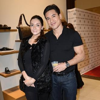 Mario Lopez's Shoe Shopping Date