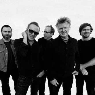 Crowded House to rock Hampton Court Palace in 2022