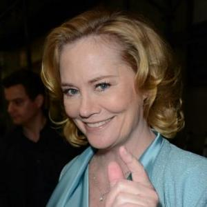 Cybill Shepherd Gets Engaged