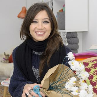 Daisy Lowe wants to knit her own clothes
