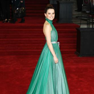Daisy Ridley's red carpet gown took 65 hours to create