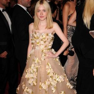 Dakota Fanning A Very Good Girl?