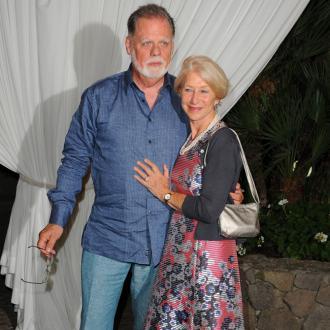 Helen Mirren retires from nude scenes