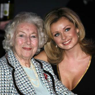 Katherine Jenkins campaigns for commemorative statue of Dame Vera Lynn