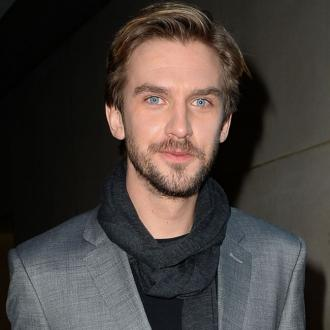 Dan Stevens gets in shape for The Guest