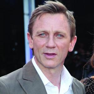 Daniel Craig Growing Bond Beard
