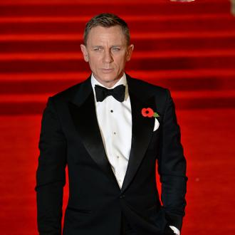 Daniel Craig confirms James Bond role return