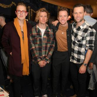 McFly have 'therapy' sessions at the pub