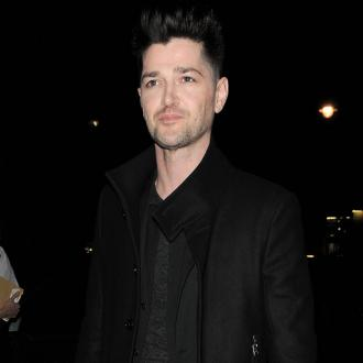 The Script save woman from car wreckage