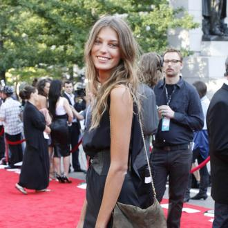 Daria Werbowy Finds Fame Tough