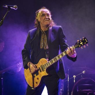 Dave Davies Explains Kinks Reunion Hold Up