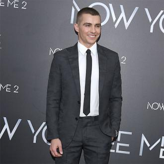 Dave Franco's wedding ring is too small