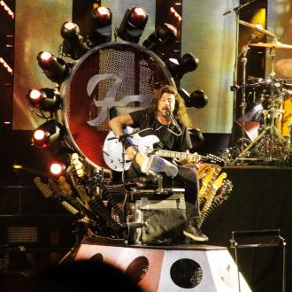 Dave Grohl Nearly Breaks Leg - Again