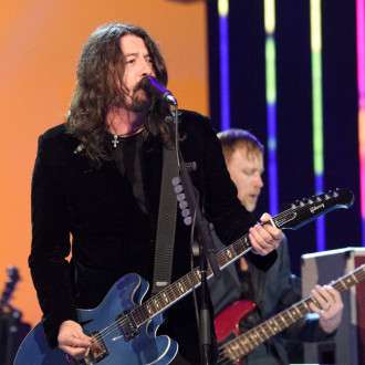 Dave Grohl records duet with daughter