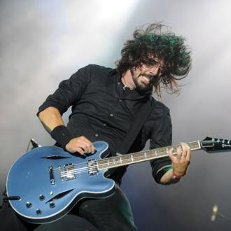 Dave Grohl Has Six Metal Screws In Leg